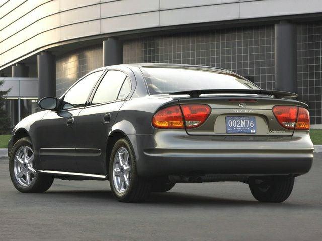 2004 oldsmobile alero 2.2 oil capacity